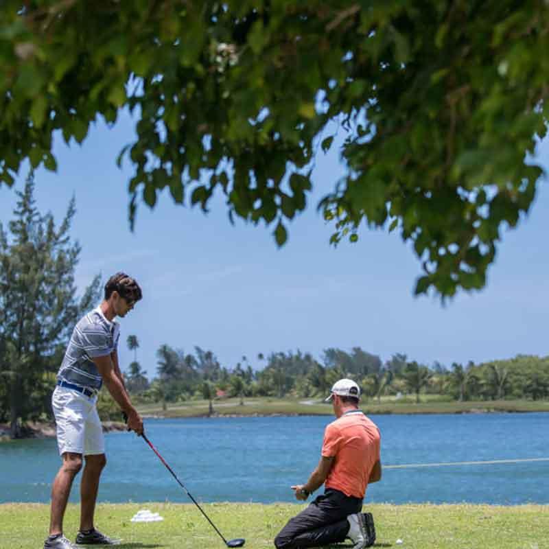 green-pearl-golf-course-moorea-3.jpg